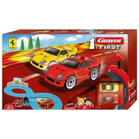 Carrera first, pista ferrari